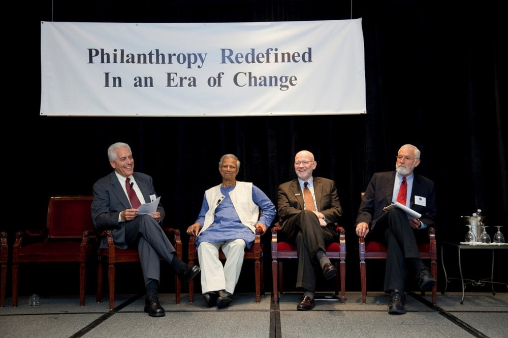 Panel Discussion, Hilton Symposium 2009 (l to r: Ralph Begleiter, Muhammad yunus, Christopher Elias, and Bill Foege)