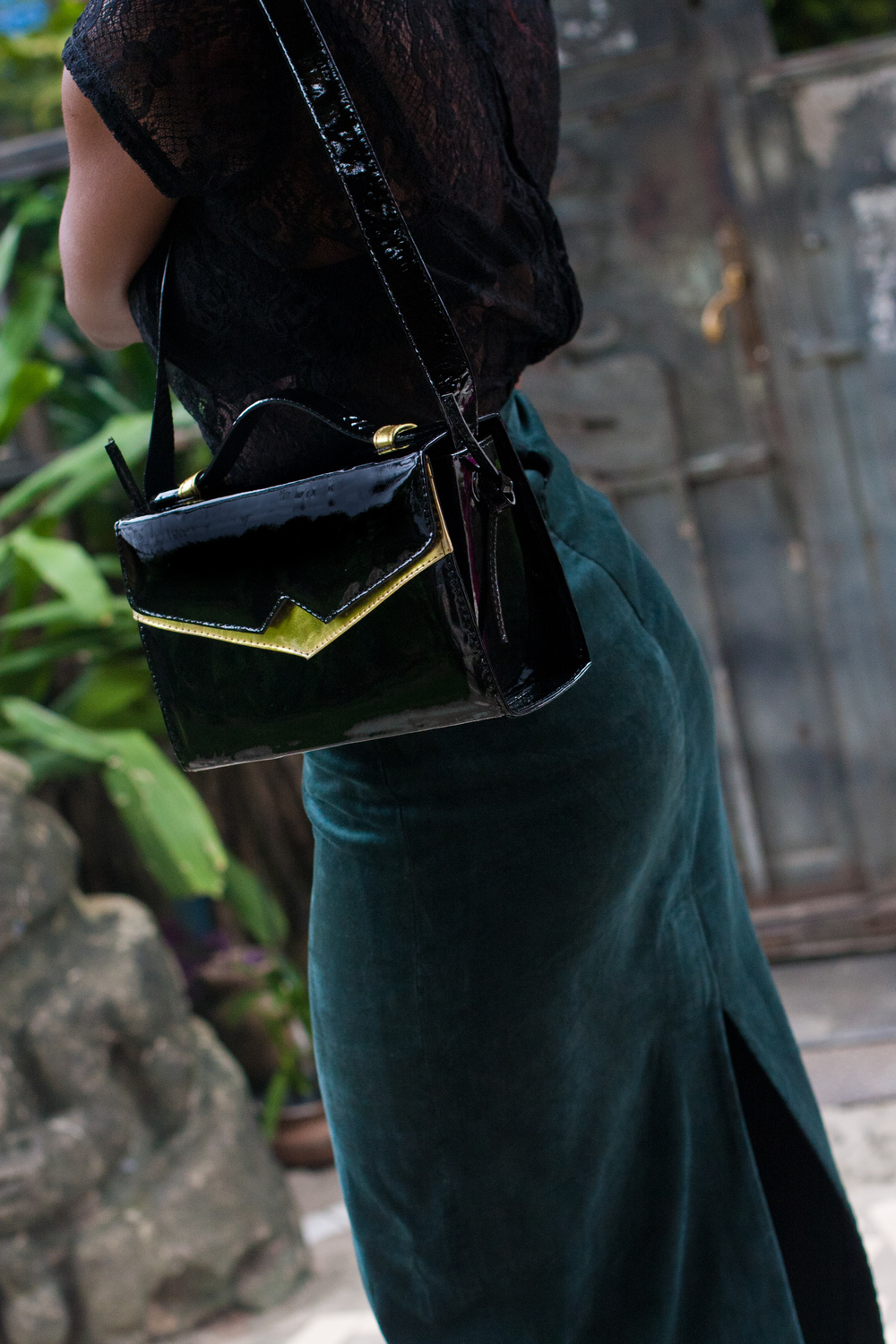 Patent leather 'TKO' handbag