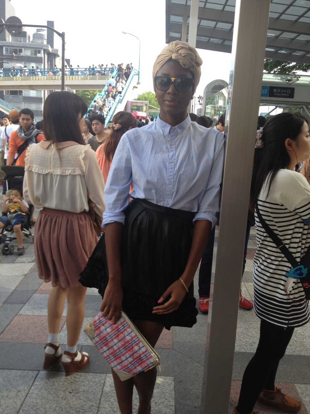 At Harajuku station with my new Zashadu bag. More details on this exciting material soon!