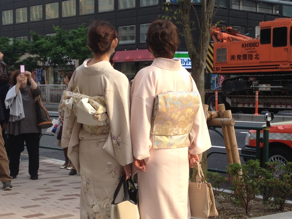 Outside the Opera in Ginza, I became obsessed with the idea of creating backpacks inspired by the Obi. Watch this space!