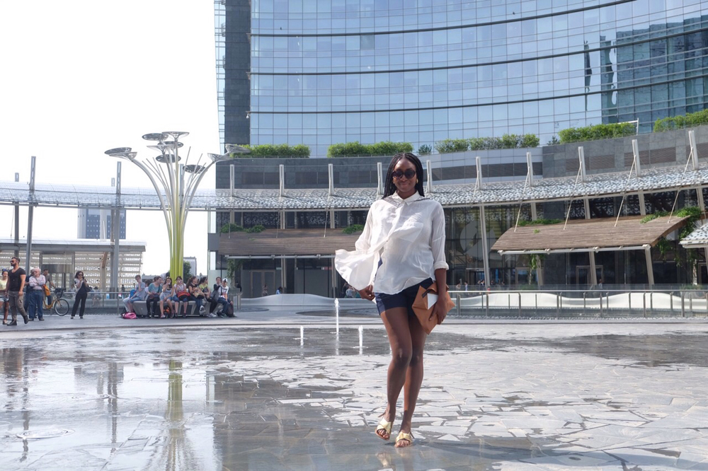Had a few meetings in Milan, and stopped to pose at the Piazza Gae Aulenti, of course. The fountain decided to stop just as I perfected my pose. Win some, lose some :)