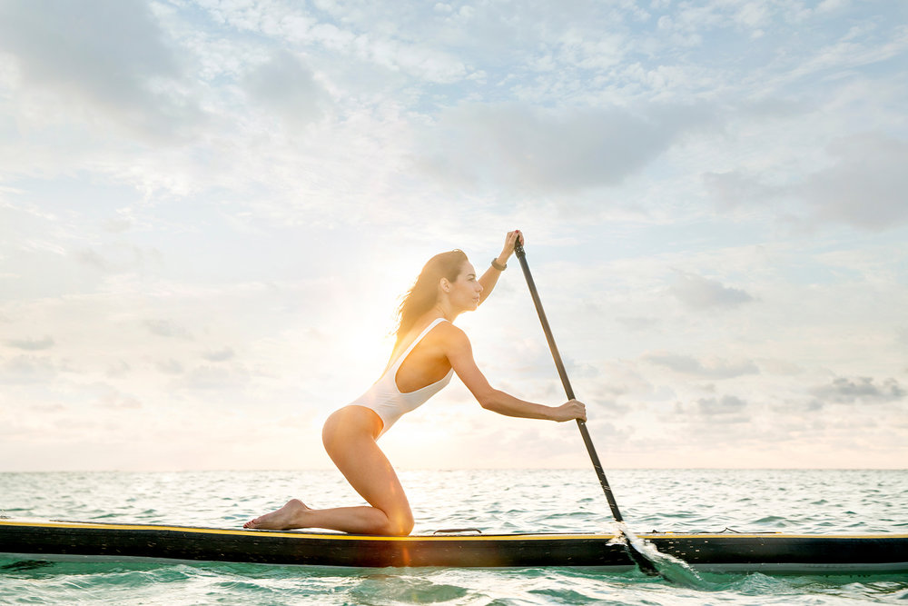 miami_lifestyle_beach_fitness_photography_david_gonzalez_girl_outdoor_workout_woman-paddling-fast-and-enjoying-the-sunrise.jpg