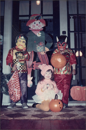campbell-kim_halloween_1974.jpg