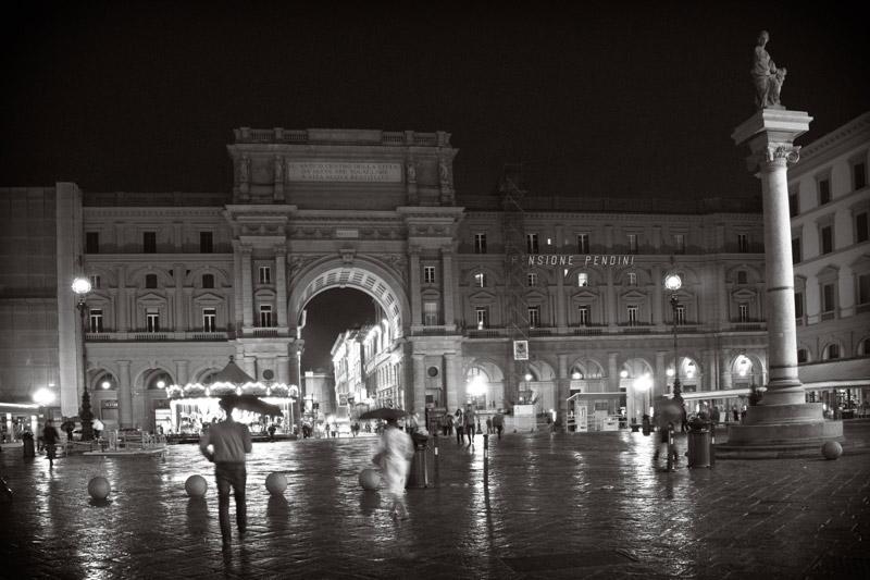 kim-campbell_photographer_italia-di-notte_8688.jpg