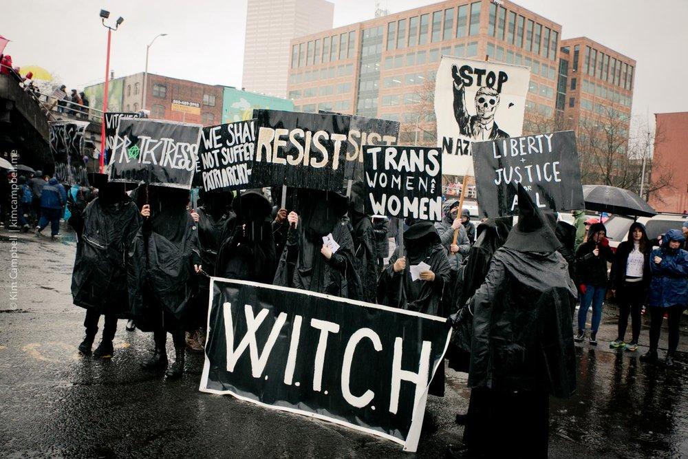 Kim-Campbell_Portland-photographer_01-21-2017_womens-march-18.jpg