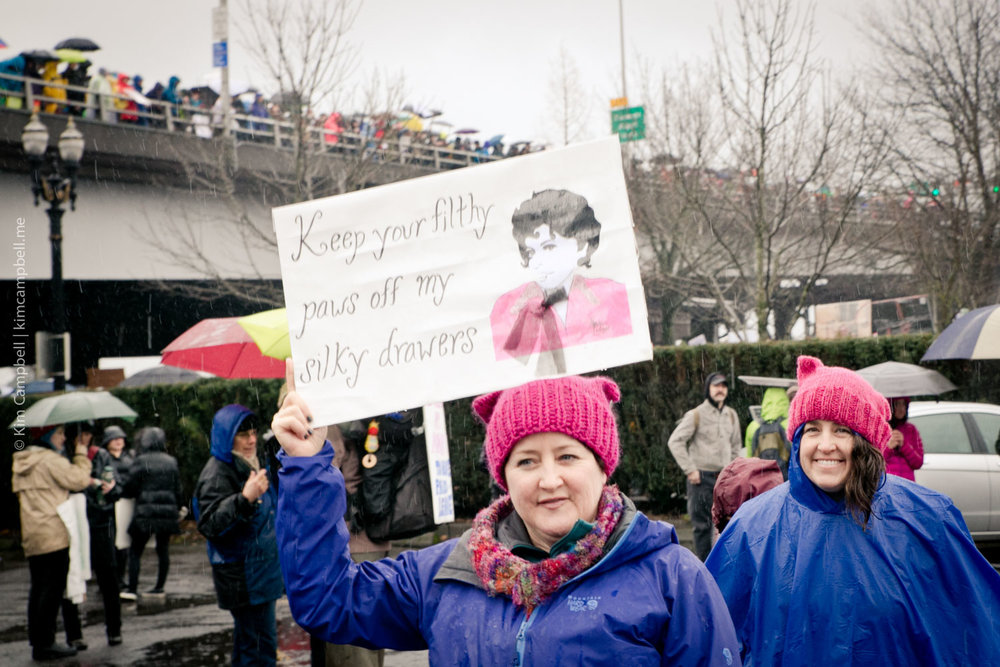 Kim-Campbell_Portland-photographer_01-21-2017_womens-march-19.jpg