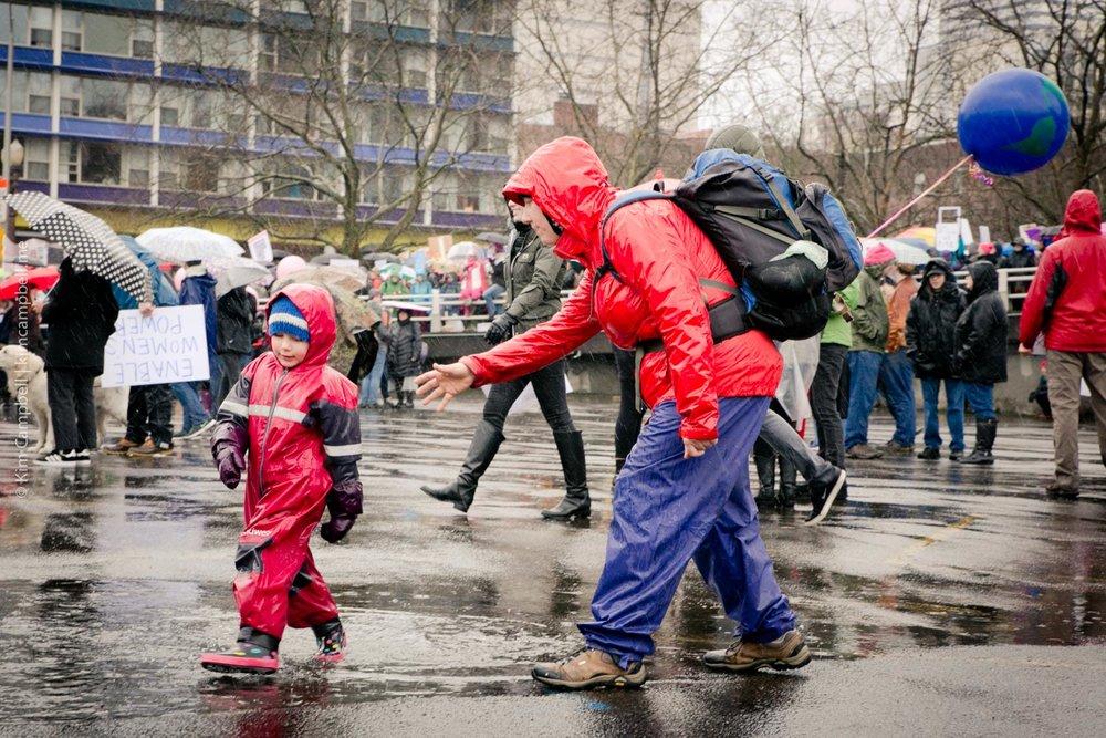 Kim-Campbell_Portland-photographer_01-21-2017_womens-march-20.jpg
