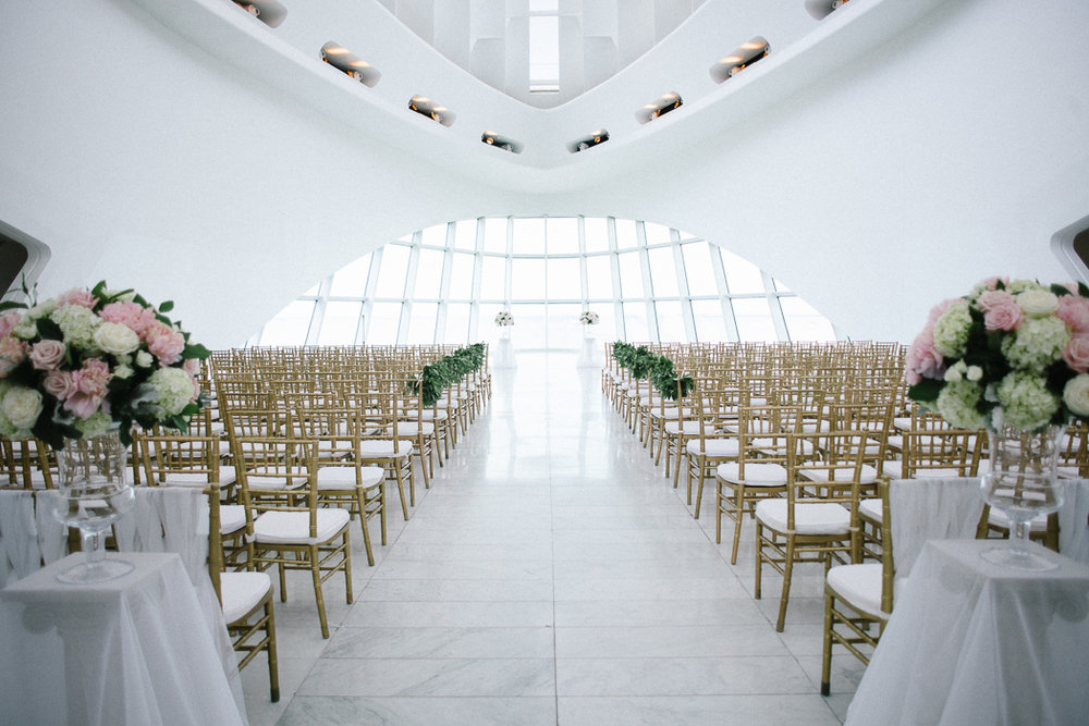 pamela yasuko milwaukee art musem wedding 1 chicago-oahu photographer 5.jpg