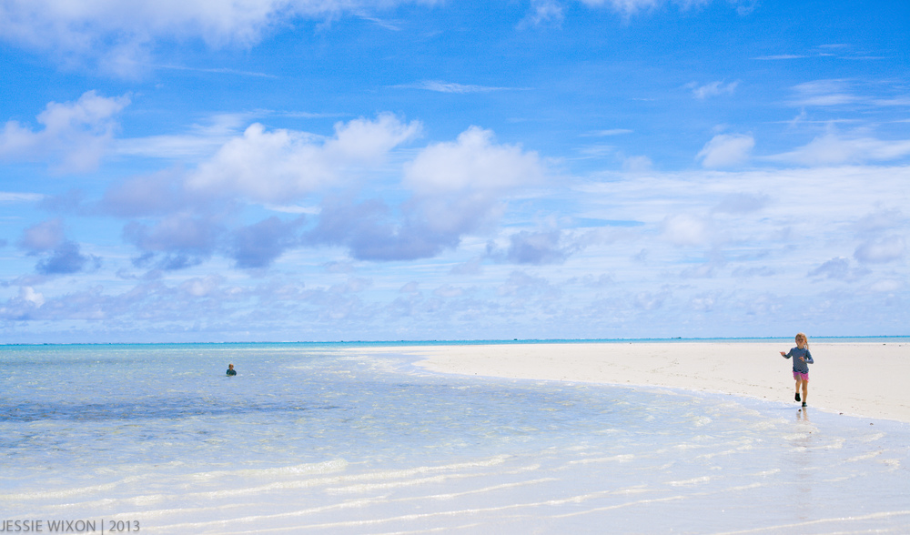 "Running along ""Honeymoon Island"""