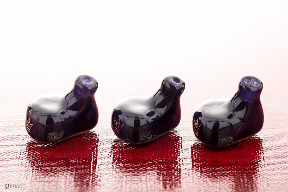 NobleAudio-CZ90-CZ350-5-queue.jpg
