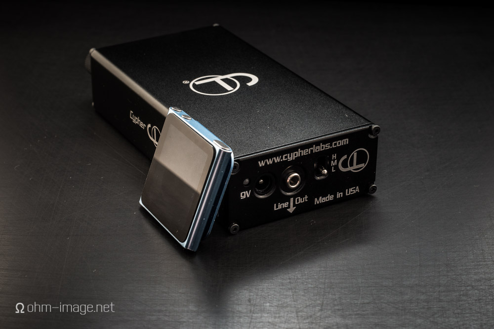 Theorem720DAC back-ipod.jpg