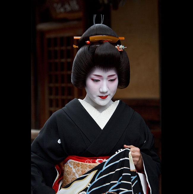 Masahiro-Makino-untitled-geisha.jpg