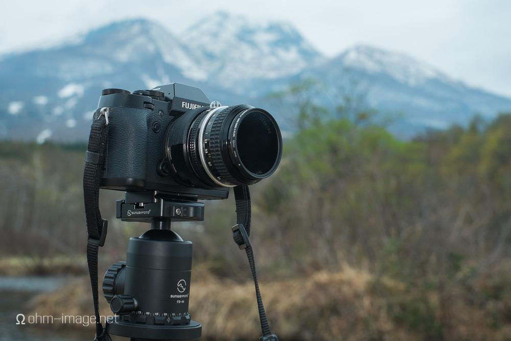 Fujifilm XT-1 mounted to the Nikkor 50/2 Ai via FX-NIK Speedbooster