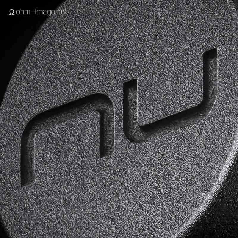 nuforce BE6i back - 02 logo closeup.jpg