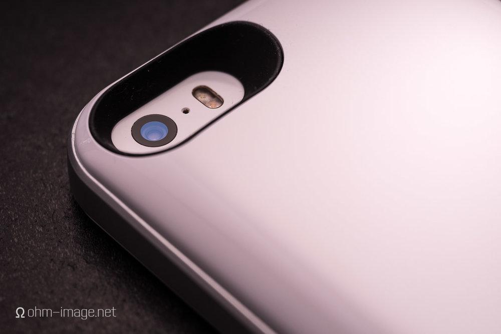 iPhone SE Mophie Juice Air-6.jpg