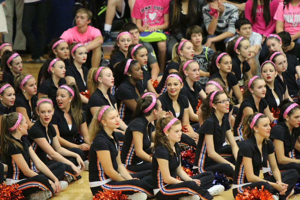 Pink Out Pep Rally_15330112027_l.jpg