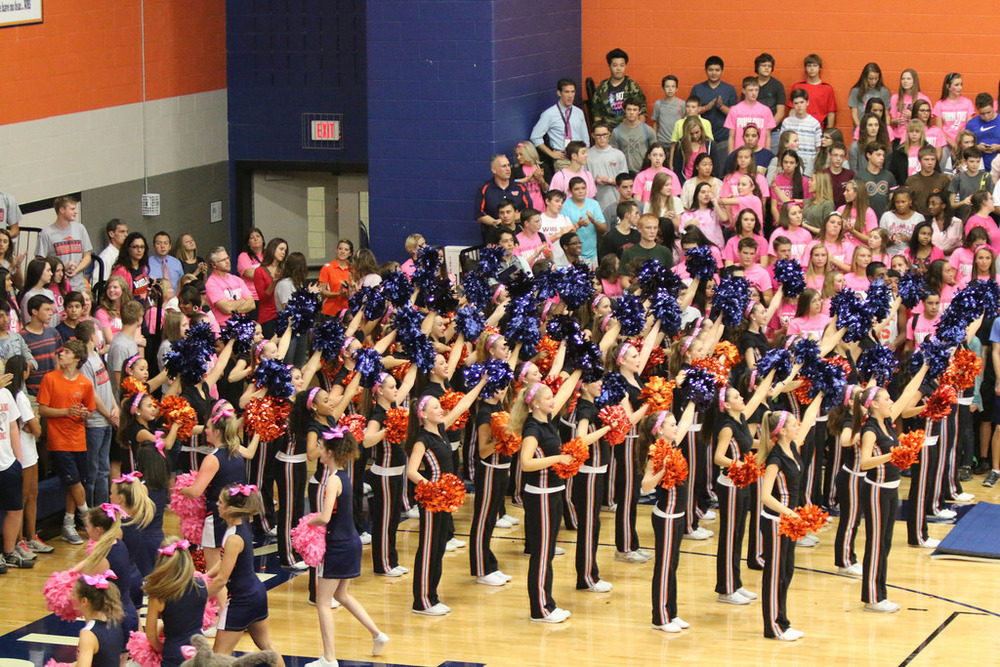 Pink Out Pep Rally_15516315512_l.jpg