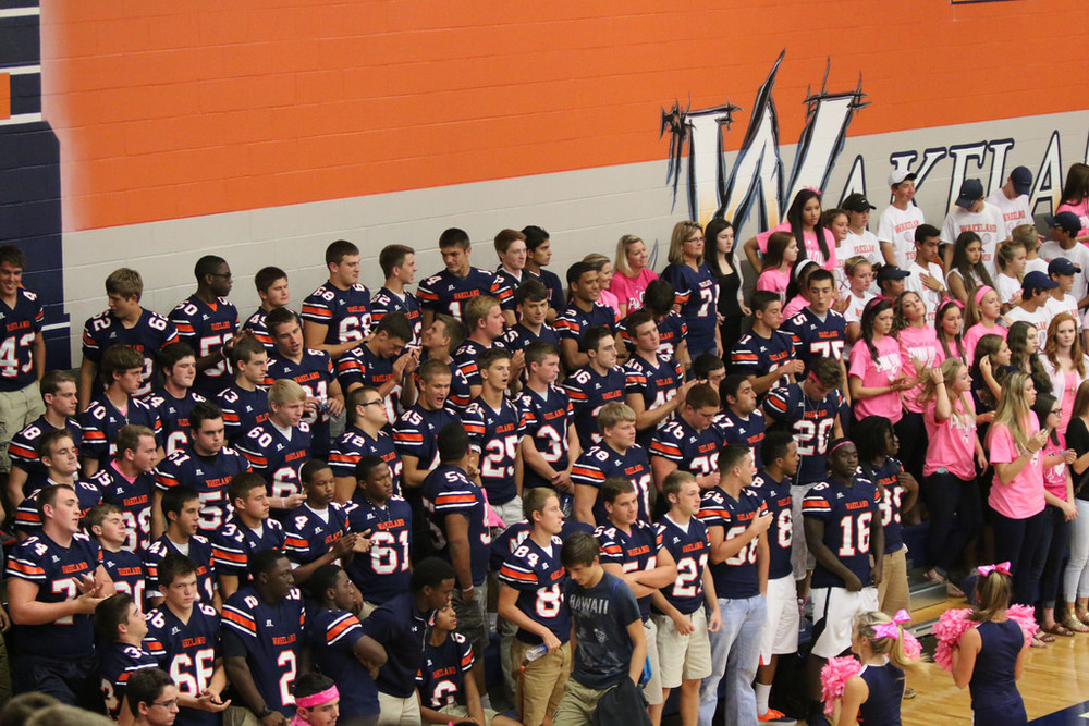 Pink Out Pep Rally_15516316102_l.jpg
