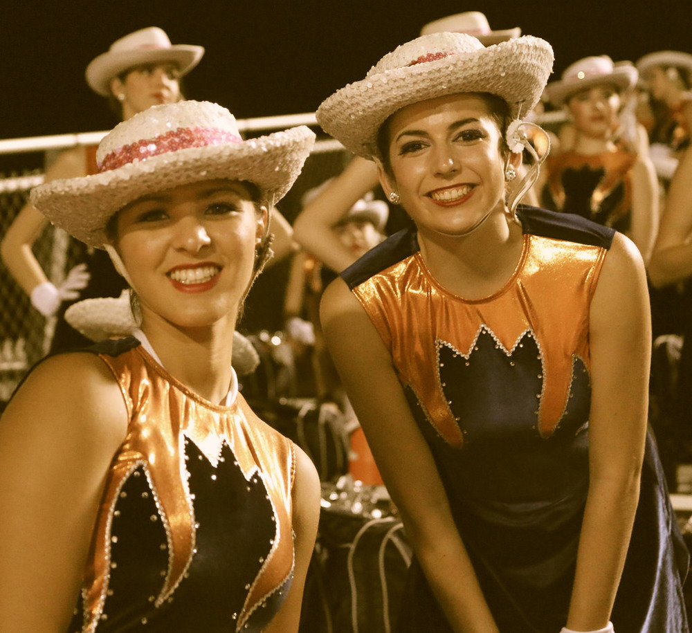 Pink Out Oct 10 2014_15328409930_l.jpg