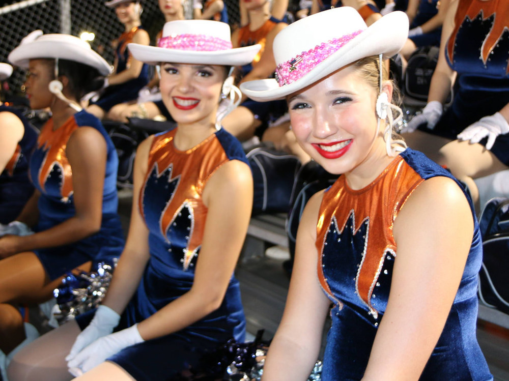 Pink Out Oct 10 2014_15328574967_l.jpg