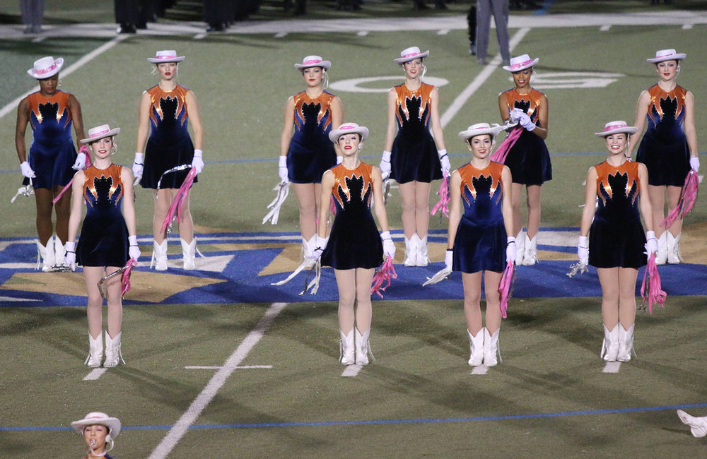 Pink Out Oct 10 2014_15328587897_l.jpg