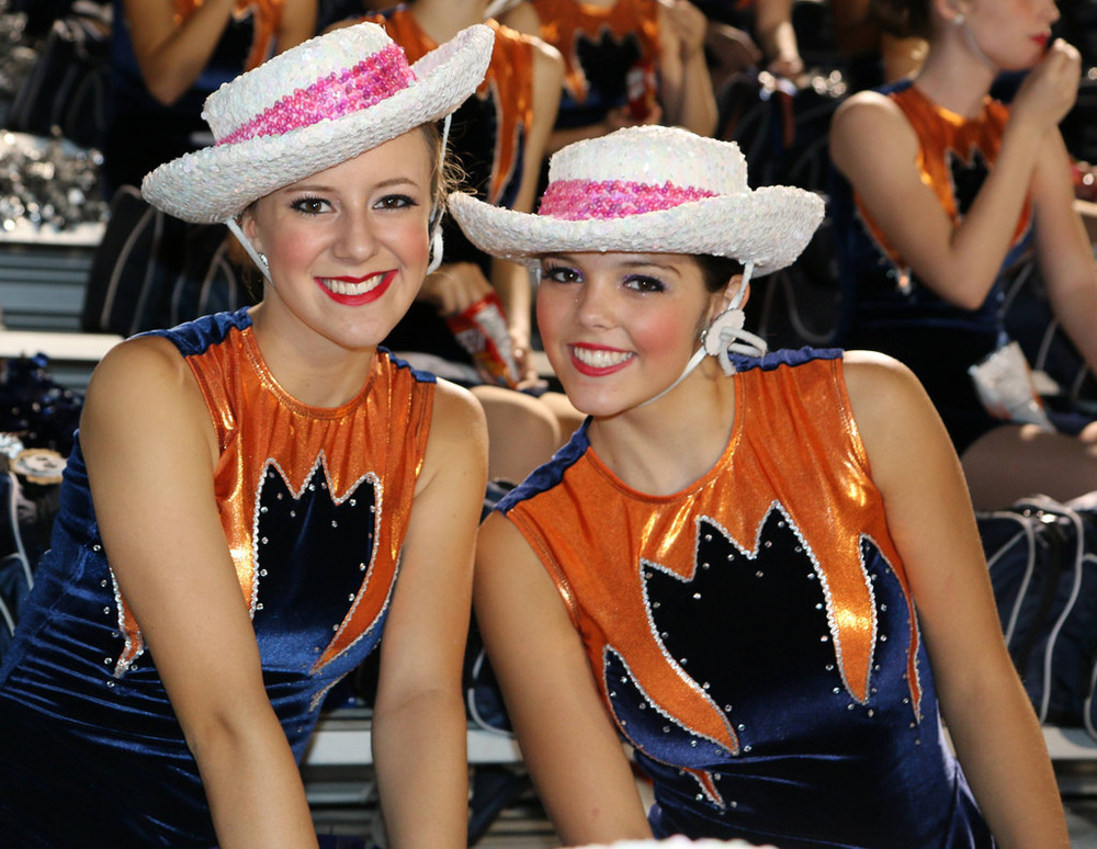 Pink Out Oct 10 2014_15491984146_l.jpg