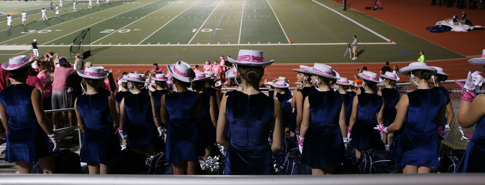 Pink Out Oct 10 2014_15512003351_l.jpg