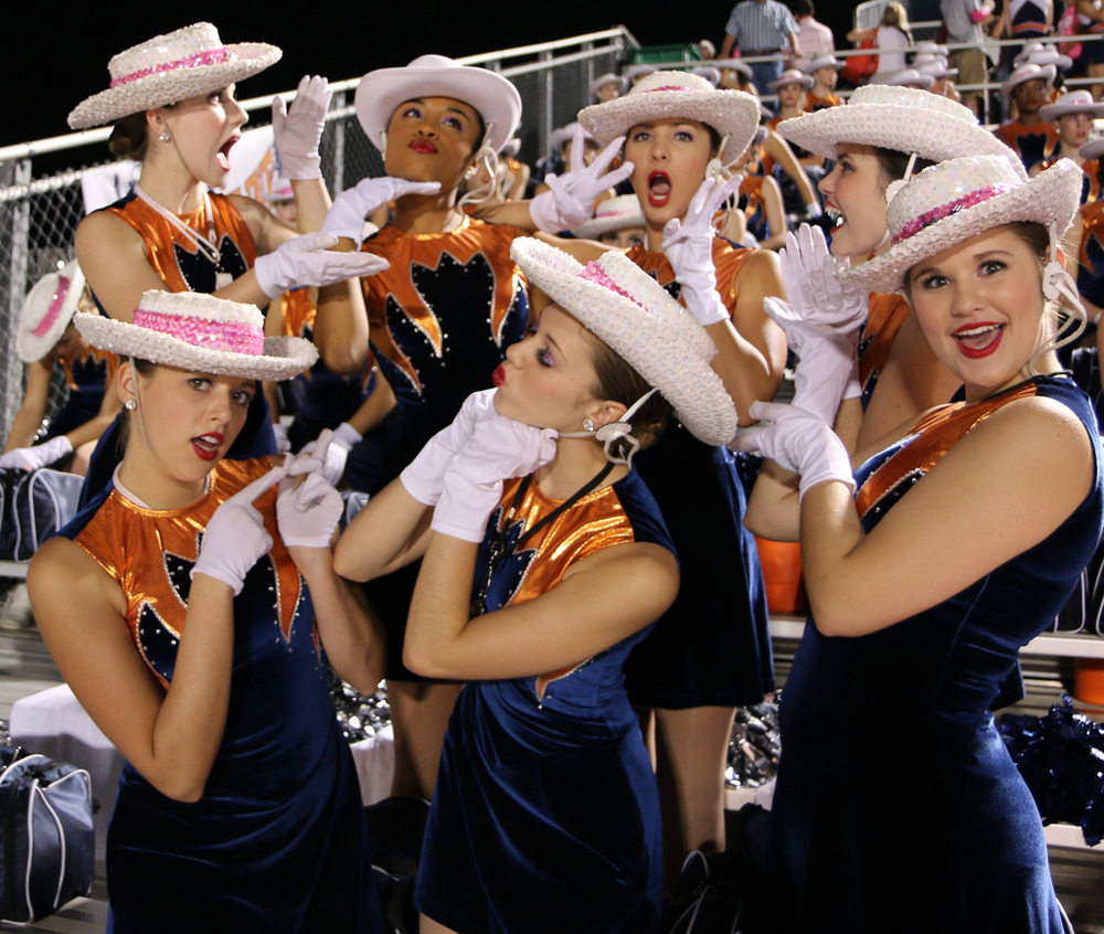 Pink Out Oct 10 2014_15515160785_l.jpg