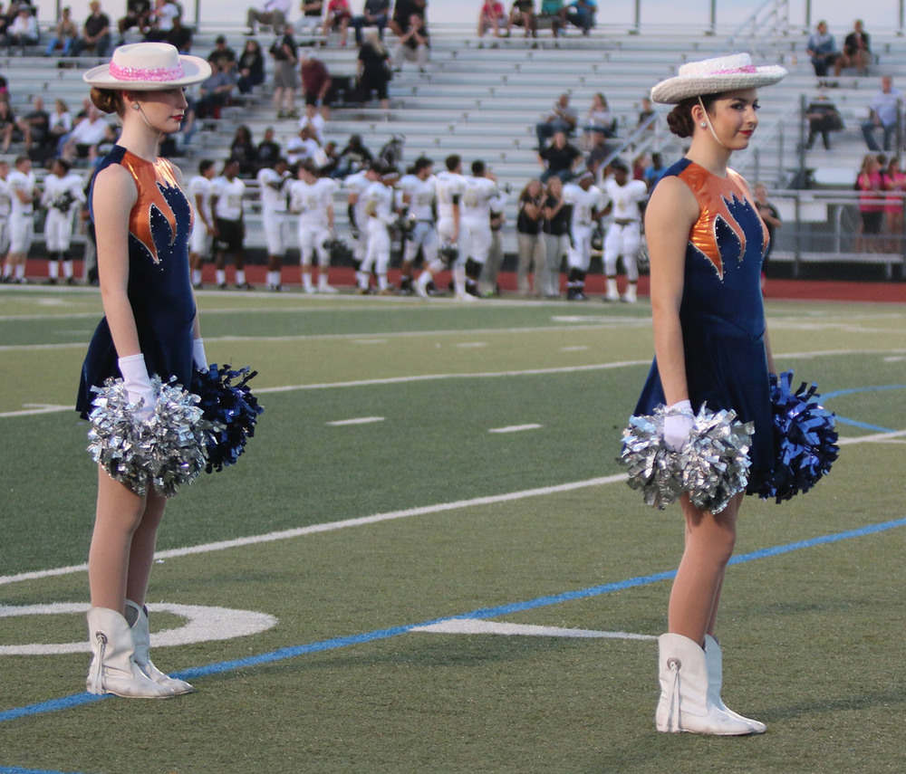 Pink Out Oct 10 2014_15515181325_l.jpg