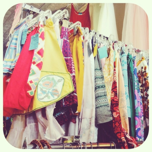Vintage aprons for days!