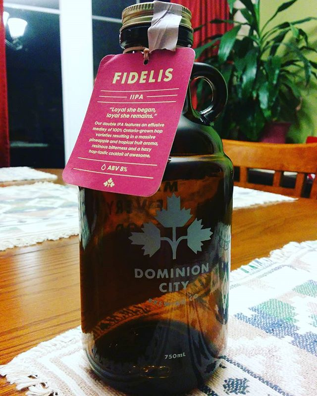@dominioncity are makers of very good beer, and this #fidelis is no exception. Tons of fresh and floral hops. Clean finish that keeps you going back to the grumbler. #lovethisbeer #treatyourself #mustdrinkcraftbeer