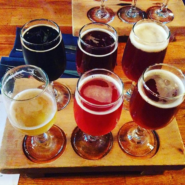 @greatlakesbeer tap takeover @brosbeerbistro Who doesn't want to crush some delicious beers on a Thursday! 3 flight choices? I've got performance anxiety.