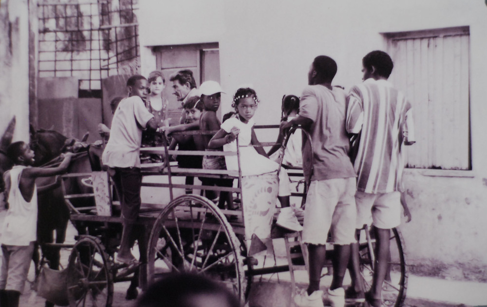 Cuba Kids & Cart 2.jpg