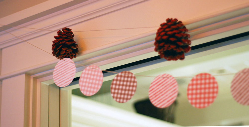 PineConeMintedDecor.jpg