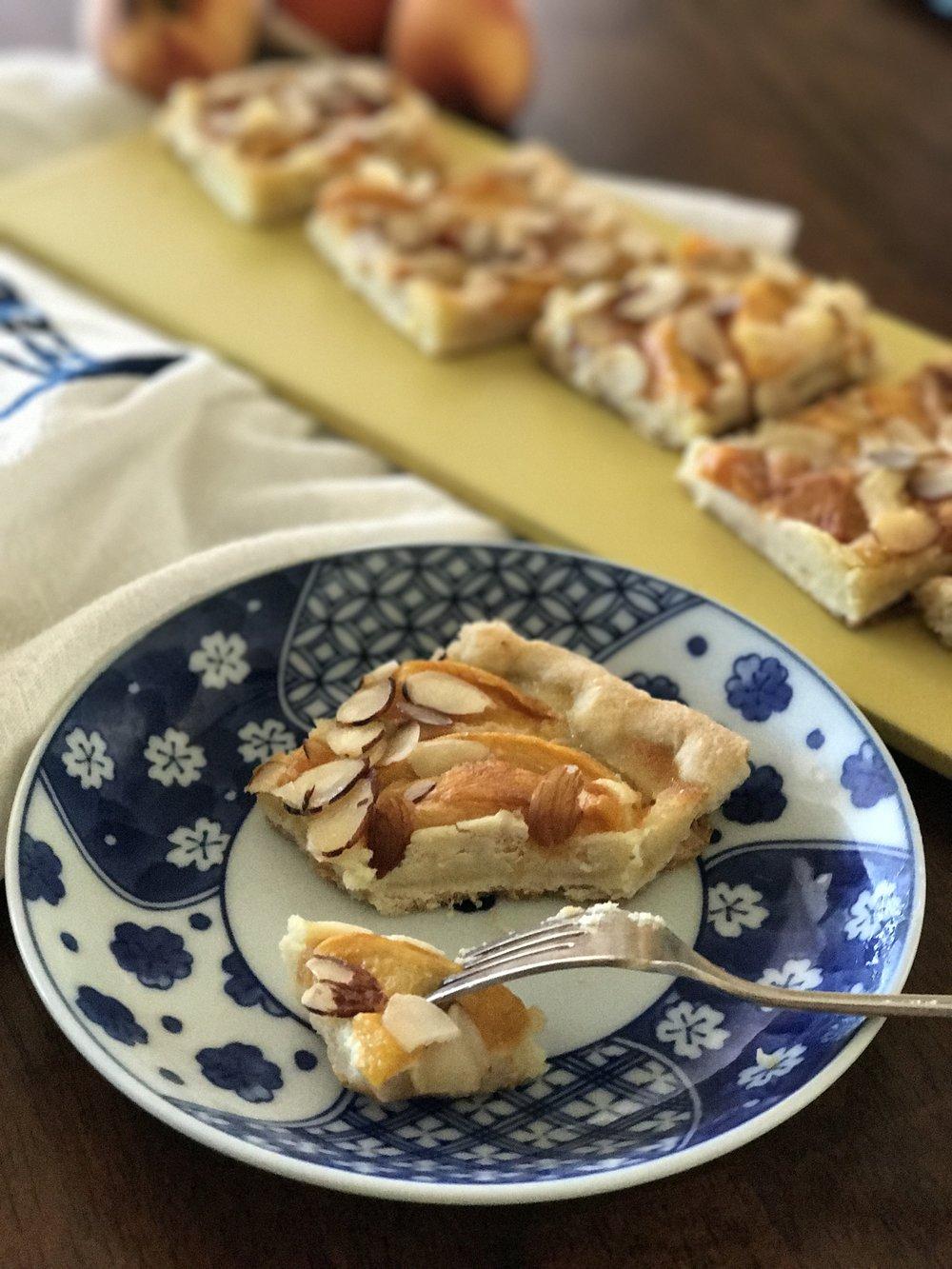 Peach Almond Cream Tart_tanyaponce
