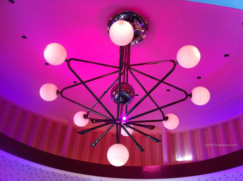 Cool retro sputnik lighting
