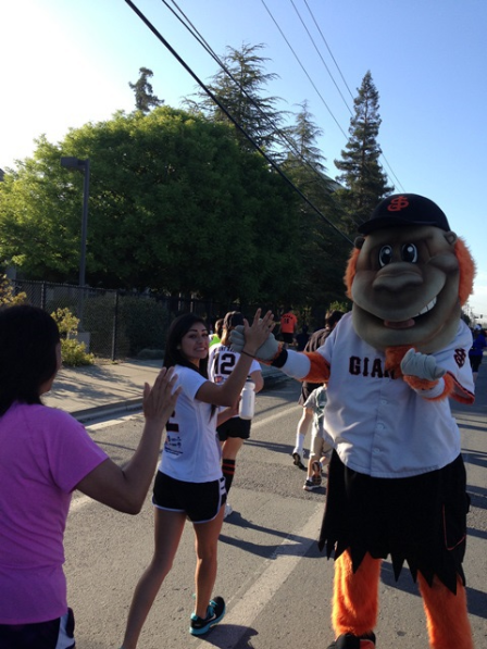 High fives with El Gigante!