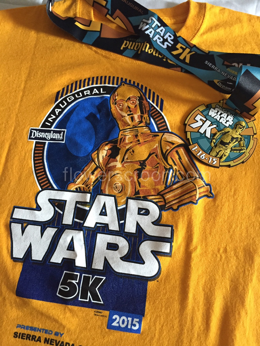 rundisney star wars 5K medal and shirt.jpg