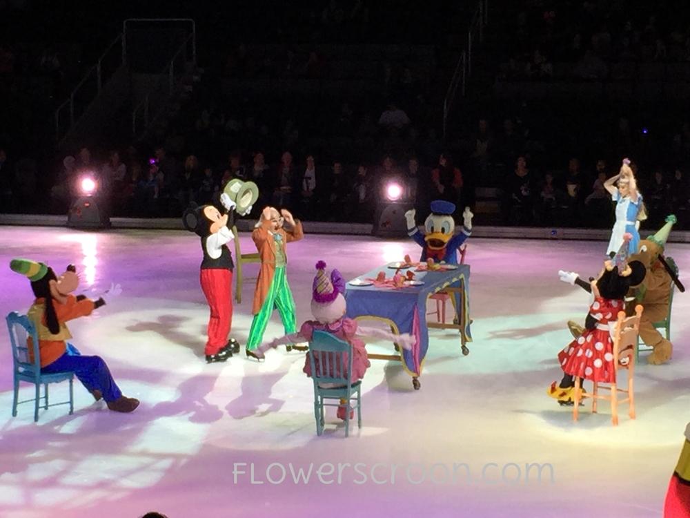 Disney-On-Ice-Alice-in-wonderland.jpg