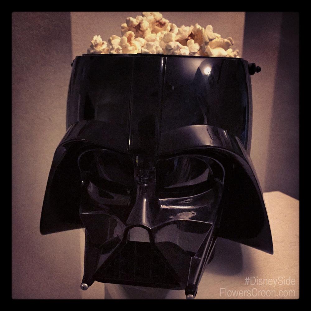 DisneySide-Darth-Vader-Popcorn-Bucket.jpg