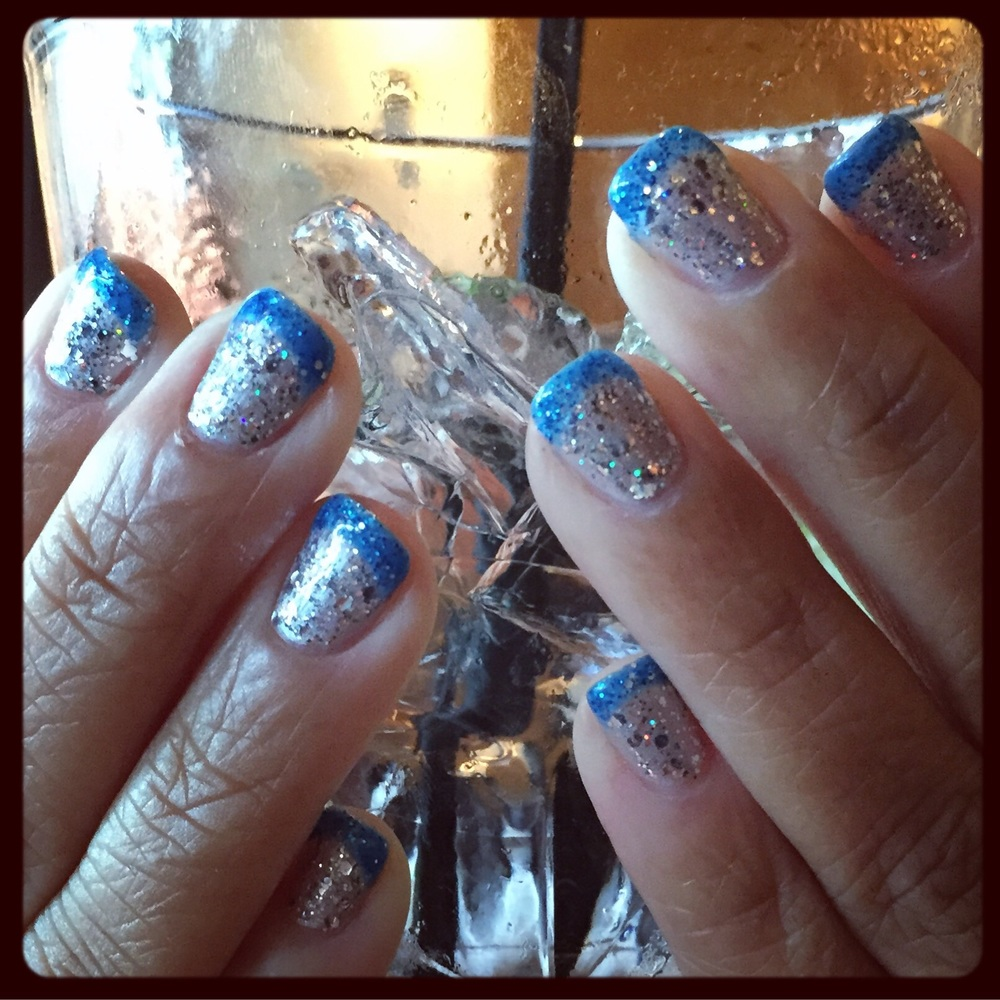 disneyland-nails-gelish.jpg