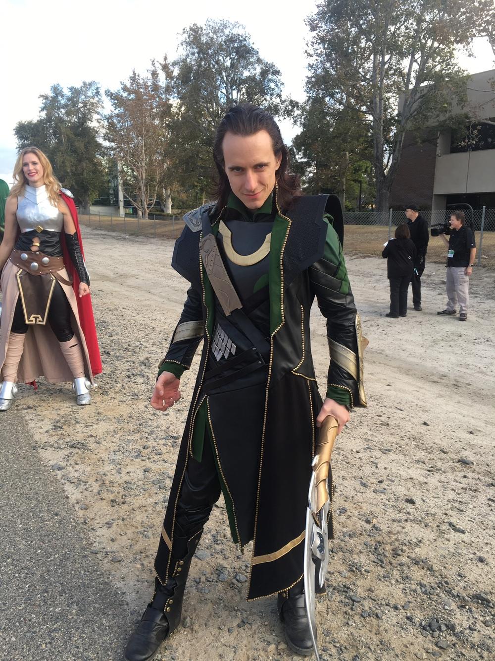 avengers-half-marathon-cosplayer-loki.jpg
