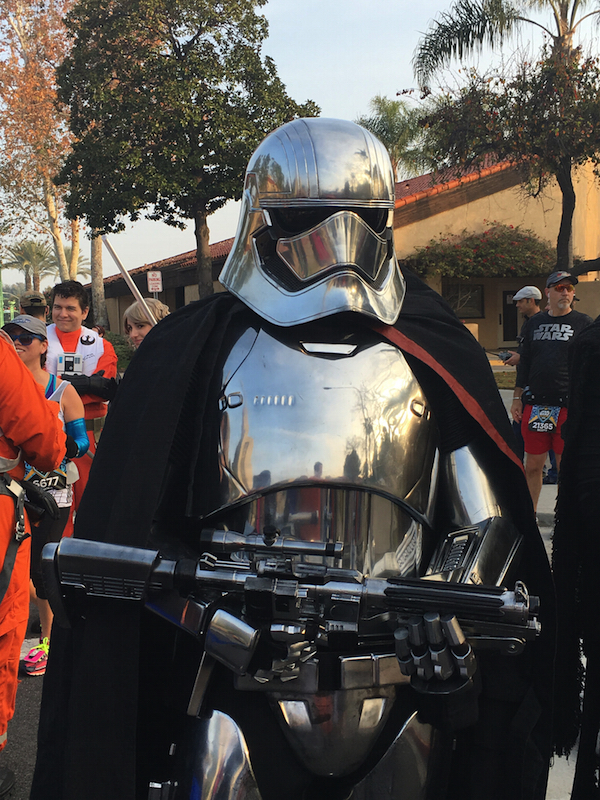 phasma-star-wars-half.jpg