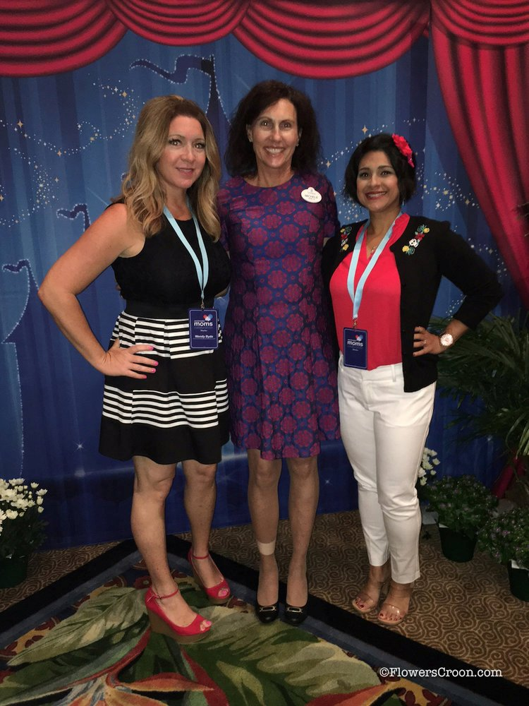 Wendy of Over The Top Mommy & Disneyland's Michele Himmelberg
