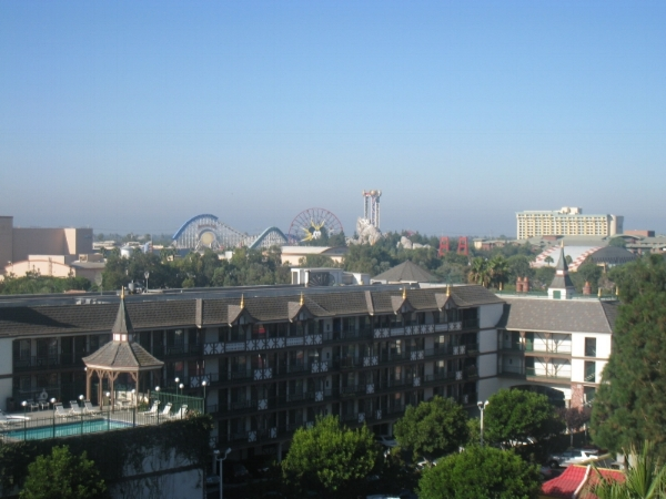 date-weekend-disneyland-fairfield-view.jpg