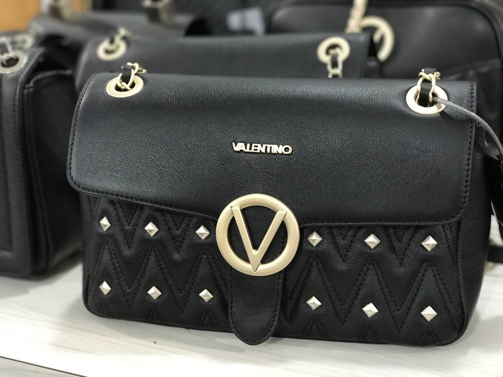 valentino-handbag-sale