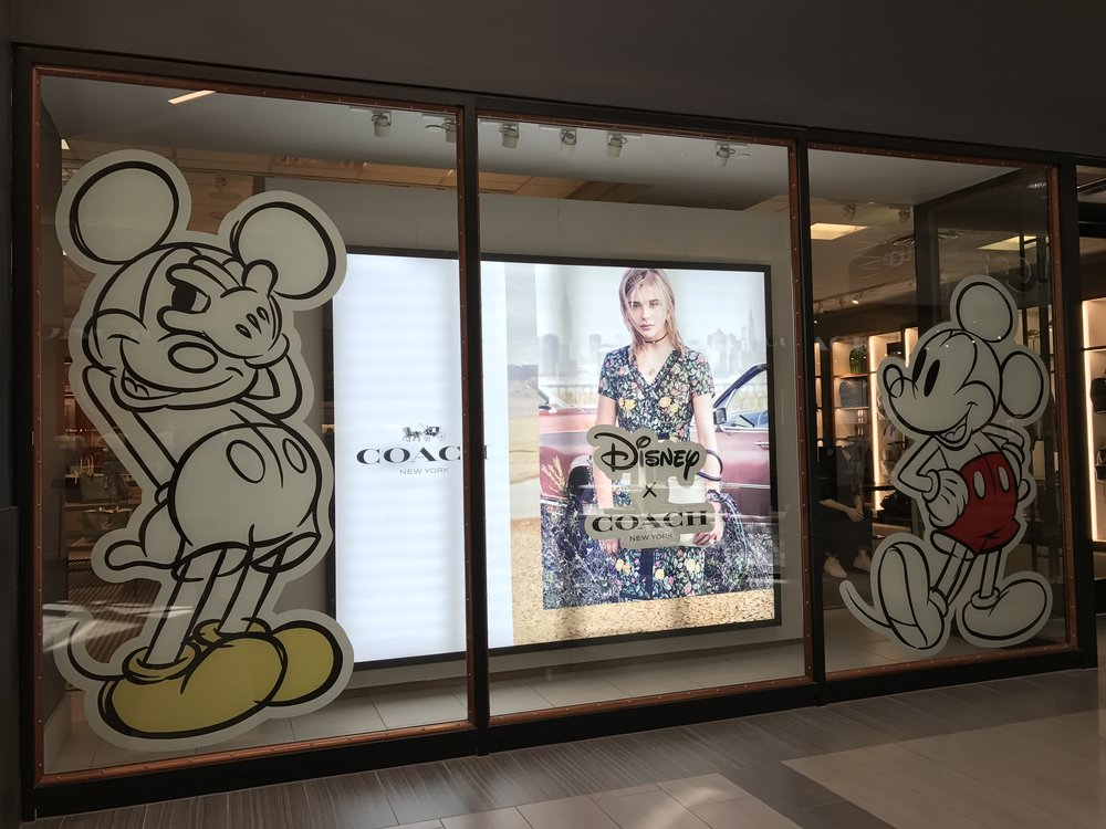 coach-outlet-disney