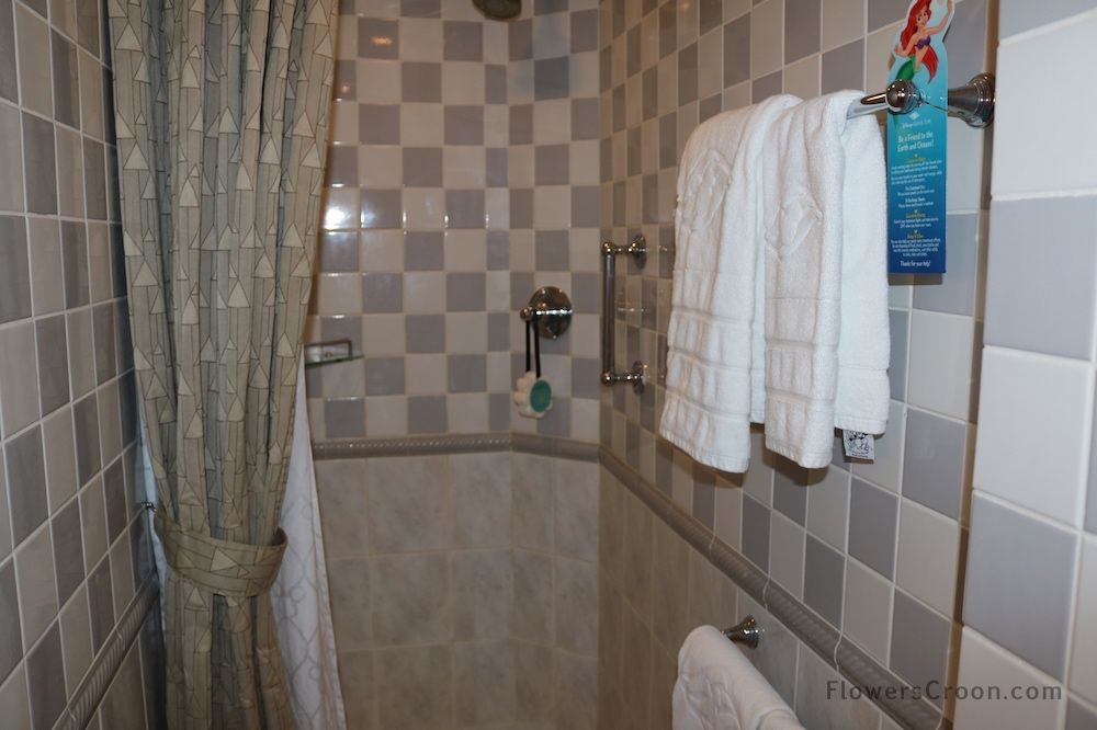 disney+wonder+concierge+suite+shower+2.jpg