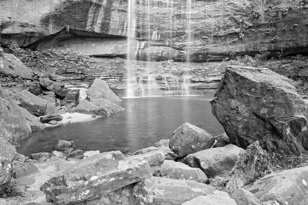 Warren-Hinder-Wenty-Falls-base-b&w-from-Wenworth-Pass.jpg