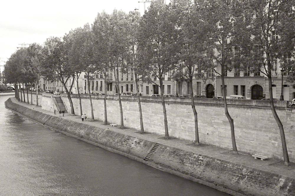 Warren-Hinder-LR-Seine-View-Paris.jpg